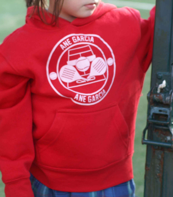 Sudadera roja personalizada